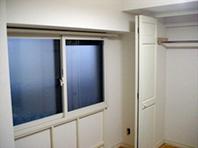 ■神奈川県 山田さま:内窓サッシの室内に結露と黒カビ発見!ガイナで解決