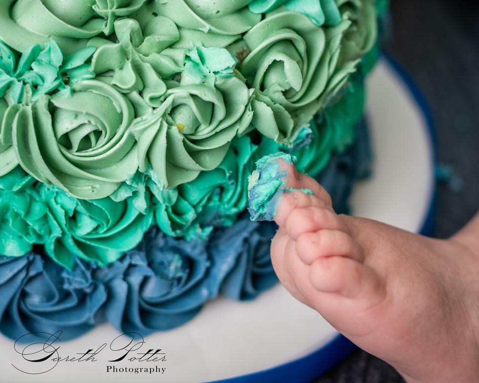 Cake Smash and Splash Photographer