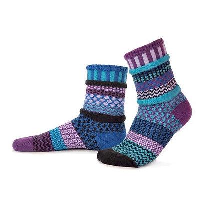 """""""Solmate"""" socks, Size Med Raspberry"""