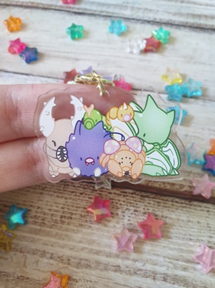 "Bug Pokemon 1 / 2"" Acrylic Charm"