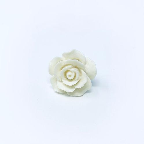 WHITE M7018