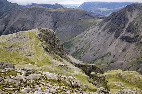 scafell-pike-mountain-in-england-1473058036FKO.jpg