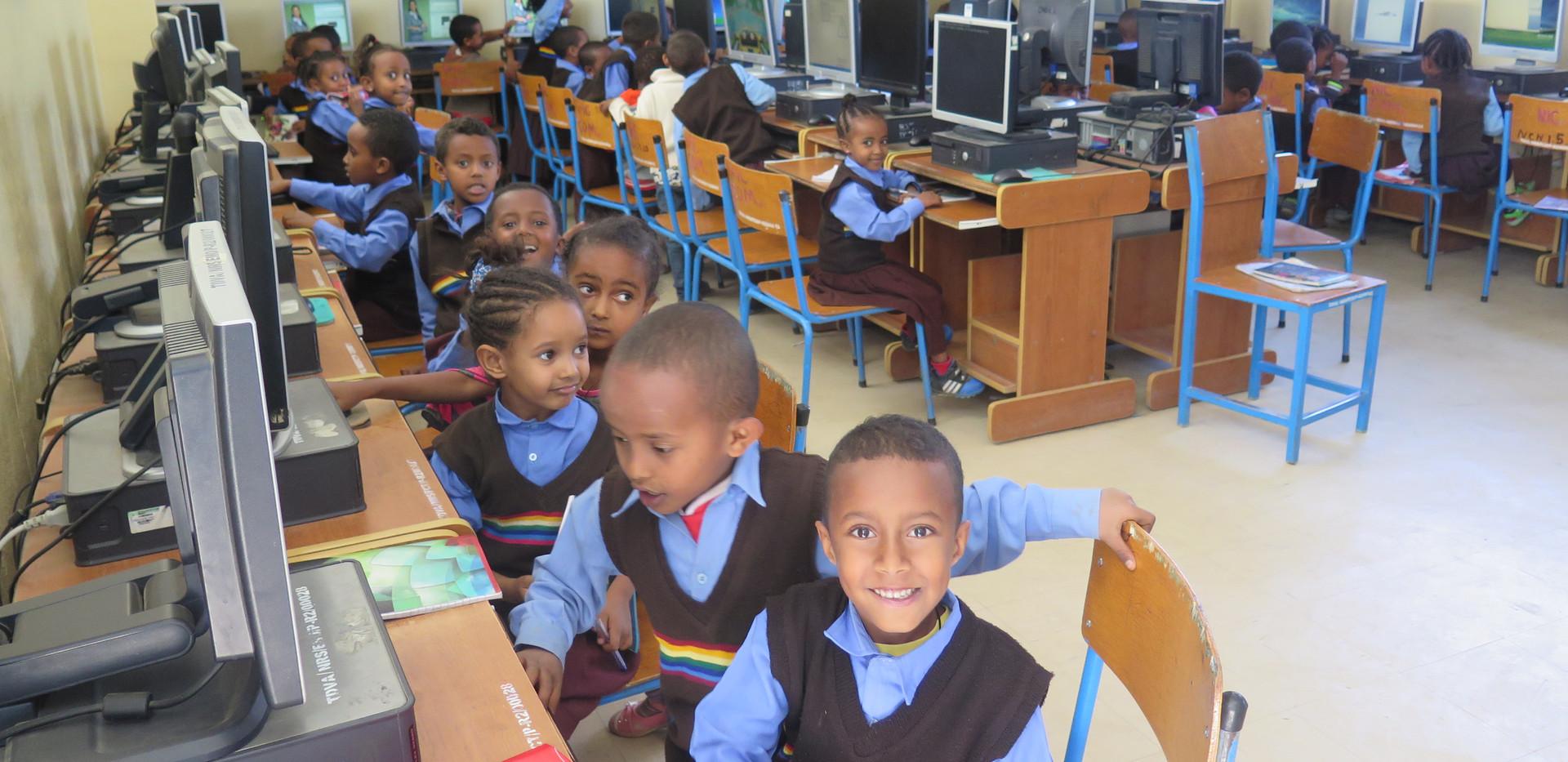 Grade 1 computer studies.JPG