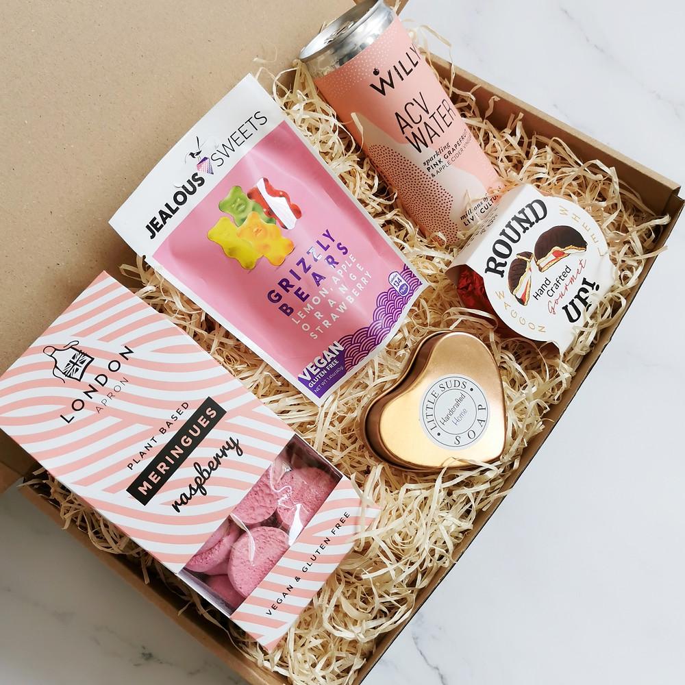 Premium Vegan Gift Hamper - Vegan Candle Gift