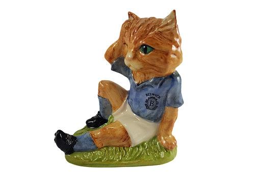 Beswick Footballing Feline Figure 'Mee-ouch'