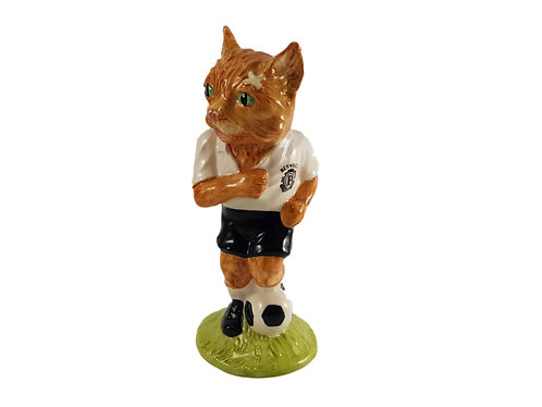 Beswick Footballing Feline Figure 'Dribble'