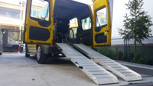 aluminum ramp loading
