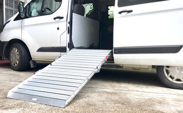 wheelchair van ramp side door