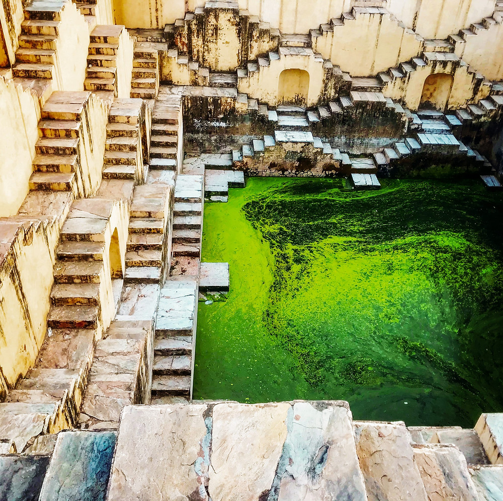Peeplo Talks- Panna Meen Ka Kund Stepwell in Jaipur - Bawra Musafir