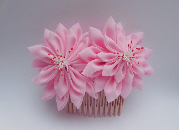 Peigne fleur en tissu rose Kanzashi