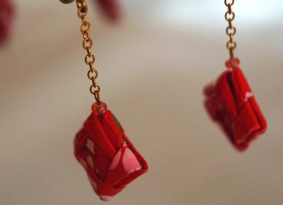 Boucles d'oreilles origami papier japonais rouge carré