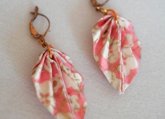Boucles d'oreilles origami papier japonais rose feuilles