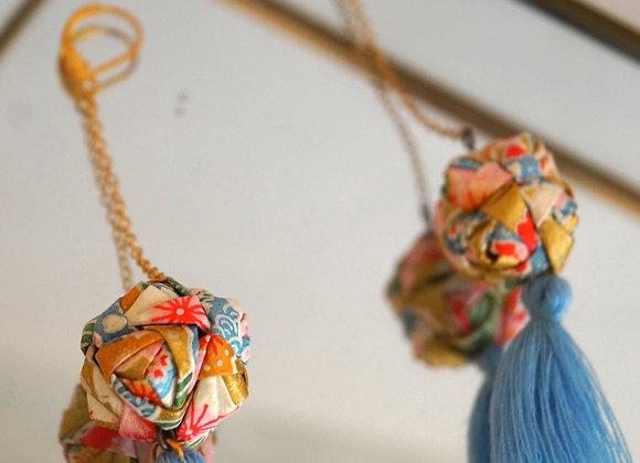 Boucles d'oreilles origami papier japonais boules dorées