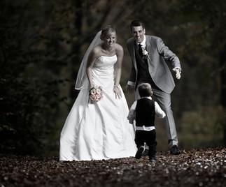 Brudepar i Skoven