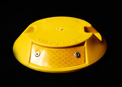 tacha reflectiva amarilla