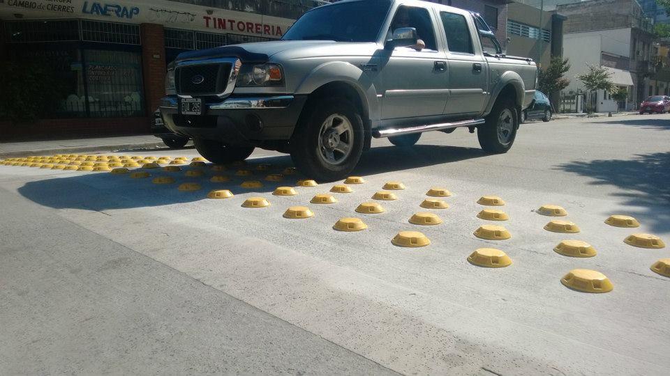 Cama reductora de velocidad en Barraca