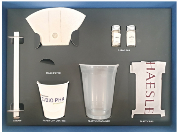 Produkte aus Plastik, welches zu 100% mit poly hydroxyl alkanoate (PHA) hergestellt wurde