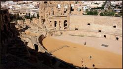Amphitheatre, Arena