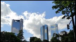 Trianon & Deutsche Bank Twin Towers