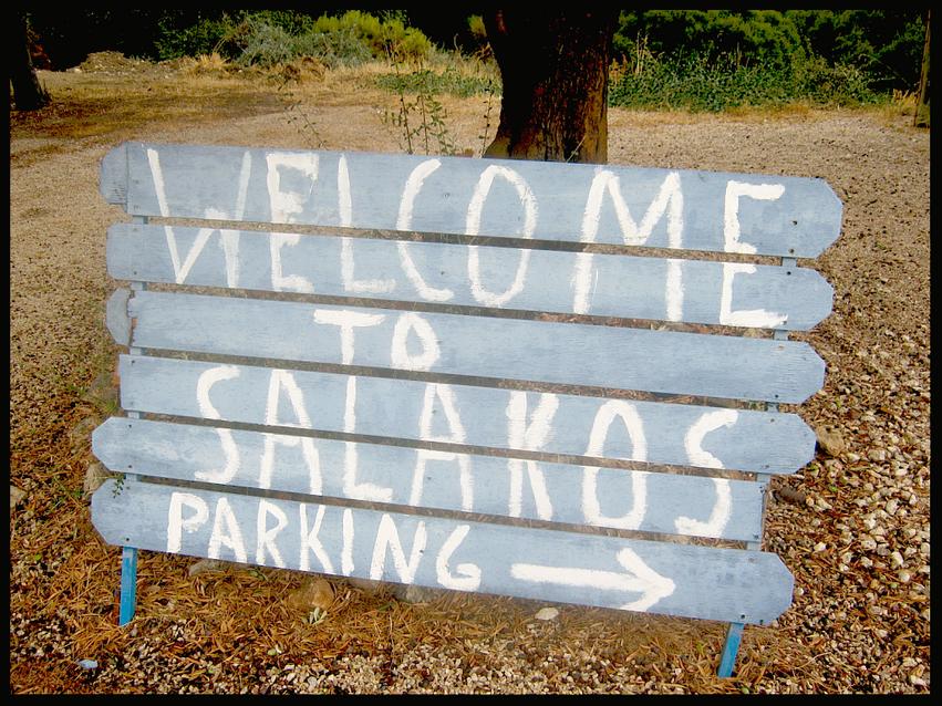 Salakos Holding Bay