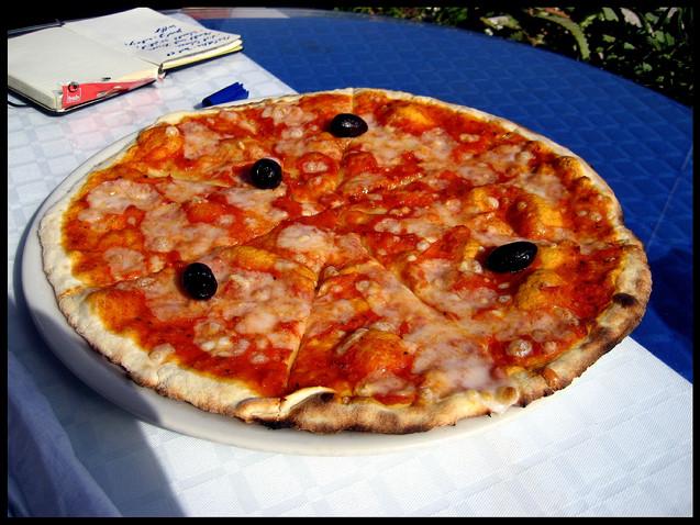 Pizza a la Tunisia