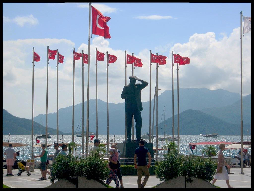 Atatürk Monument