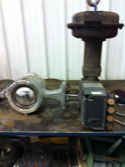 """Fisher 6in V100 Actuated V-Ball Valve  USED  6"""" Body 316 SST  Actuator  Type 105"""