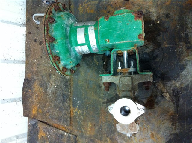 Fisher 1in V200 Actuated V-Ball Valve