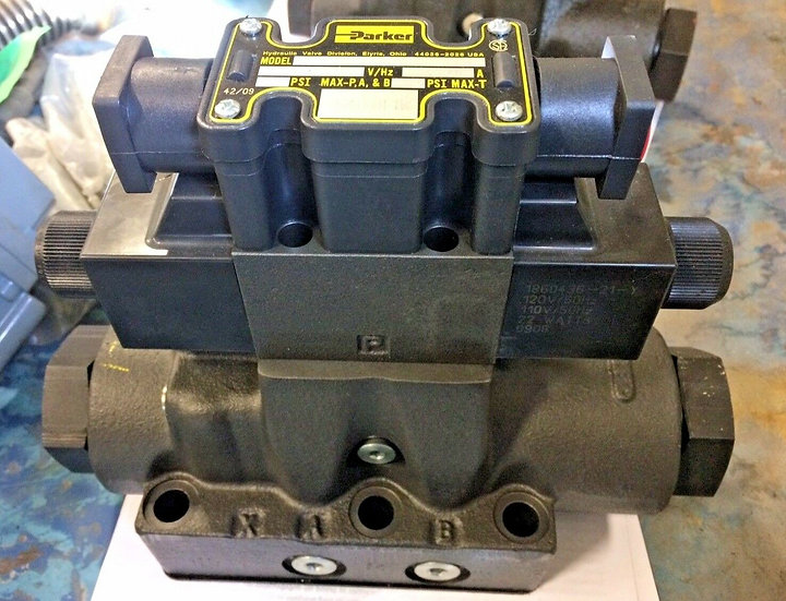 PARKER DIRECTIONAL CONTROL VALVE D61VW008C1NYCF4