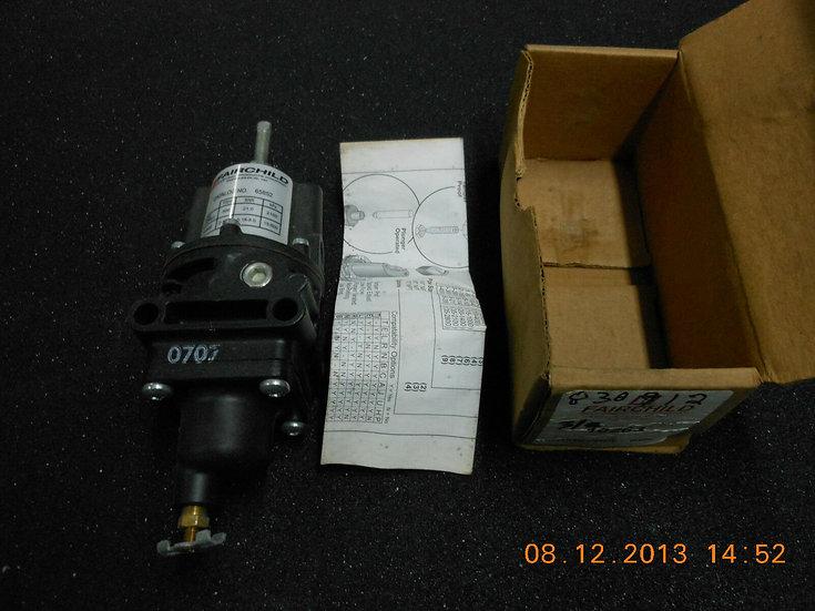 FAIRCHILD REGULATOR NO: 65852 MAX 300 PSIG RANGE 2-120 PSIG