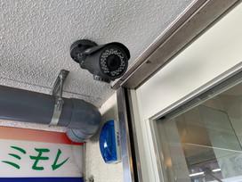 監視カメラ 本物