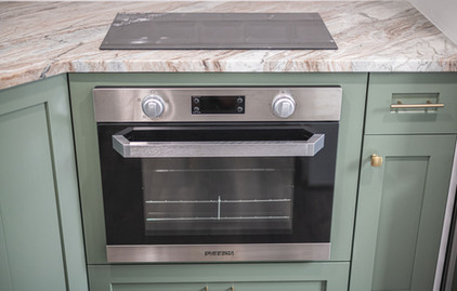 tiny home furrion oven and stovetop.jpg