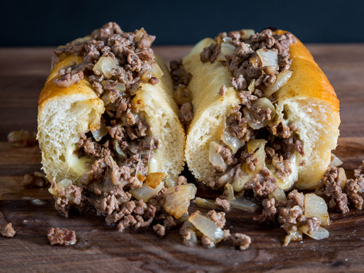 HOW TO MAKE A PHILLY CHEESESTEAK AT HOME