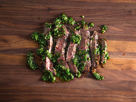 GRILLED SKIRT STEAK WITH CHIMICHURRI SAUCE : GRILLIN WHILE CHILLIN