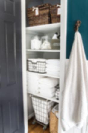 Linen-Closet-Organization-1-of-1-683x102