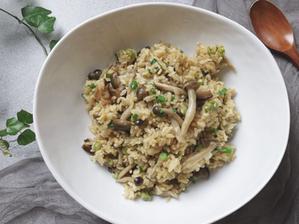 반짝반짝 고소한 백만송이 버섯밥   전기밥솥으로 만드는 한그릇 레시피