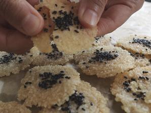 홈메이드 쌀스낵 | 바삭한 쌀과자 | 밀로 만든 과자 대신 홈메이드 쌀 과자를 만들어 보세요!