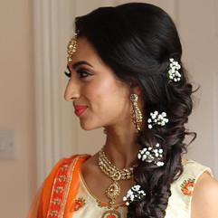 hairstyle for asian wedding mehndi