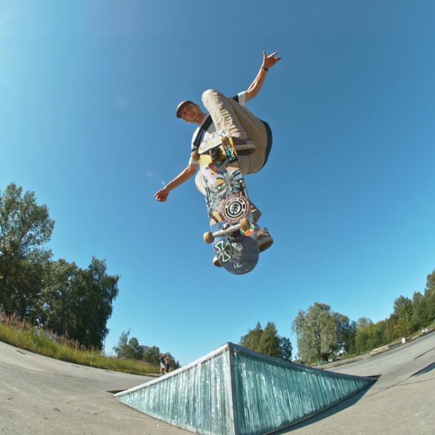 Karlis Bogustov - Glass Sculpture & Skateboarding