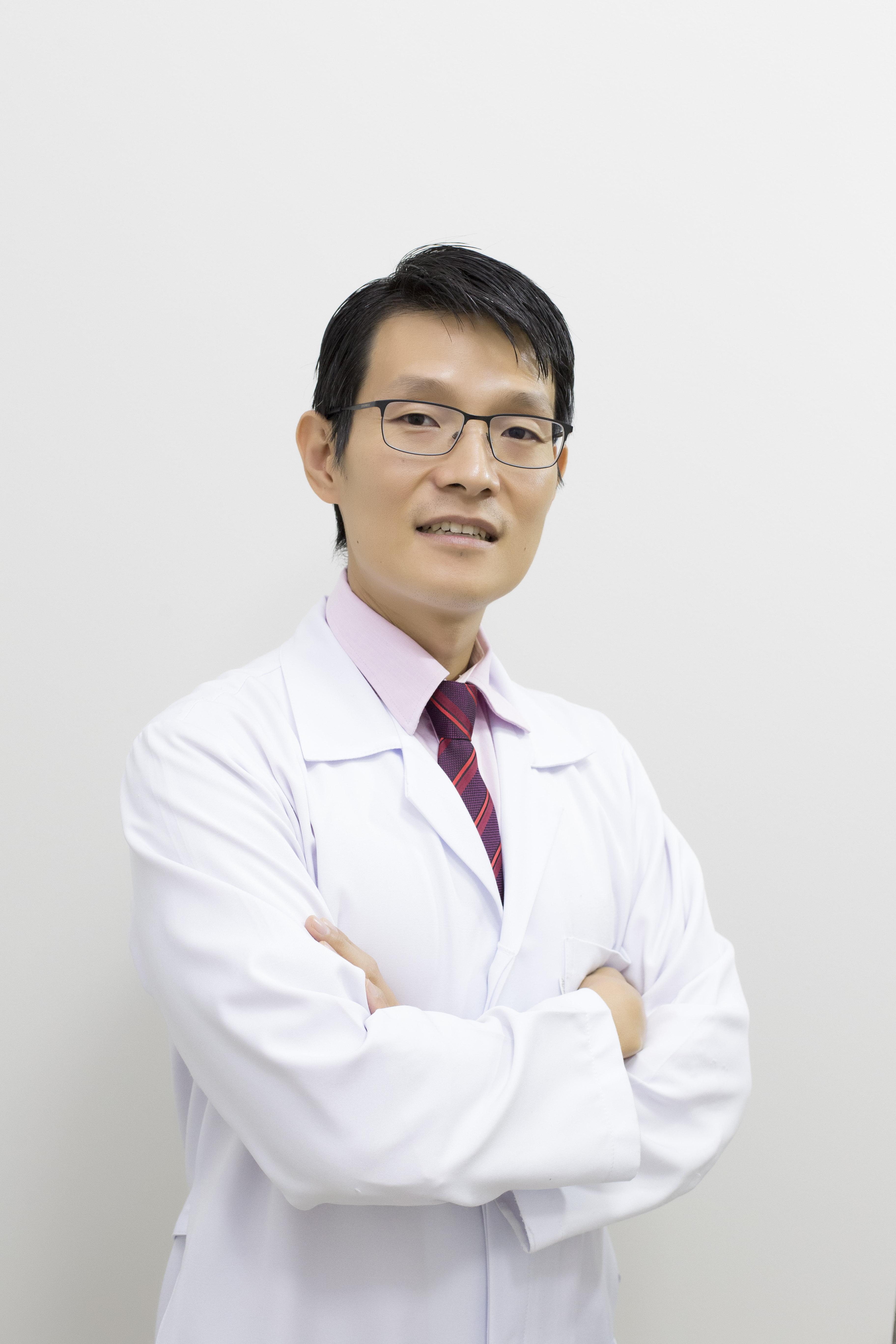 Dr Rogério Kawai