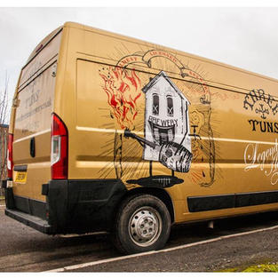 Three Tuns Delivery Van - Coulour Change and Graphics