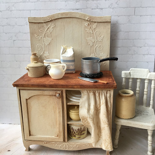 Cottage kitchen furniture