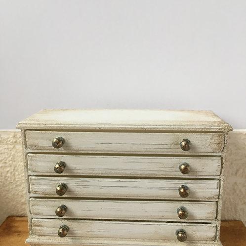 5 drawer lingerie chest