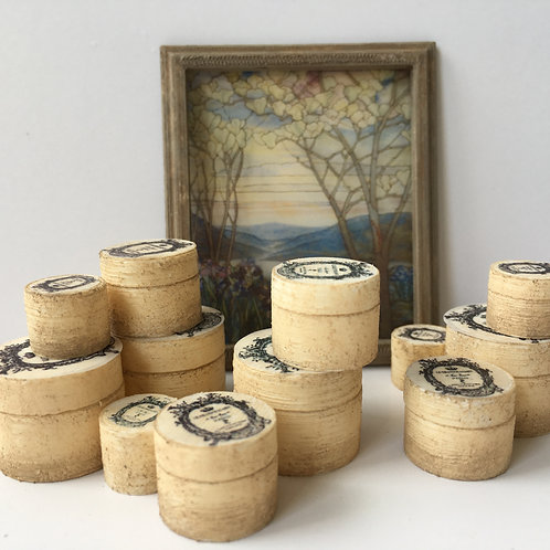 Set of 3 round boxes