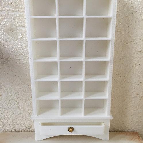 Multi section shelf