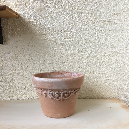 Detailed small pot