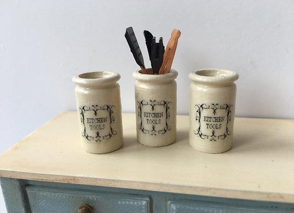 Utensils/tool pot
