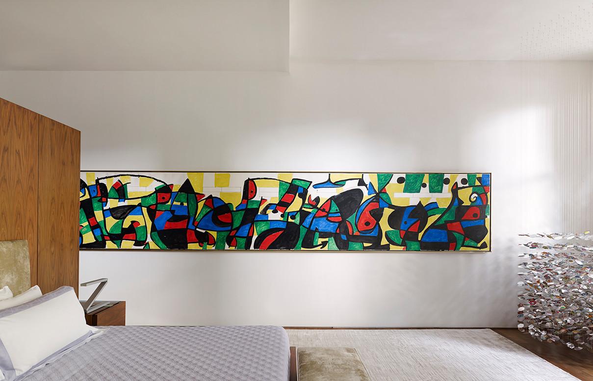 15 LIPPINCOTT- Master bedroom with Joan
