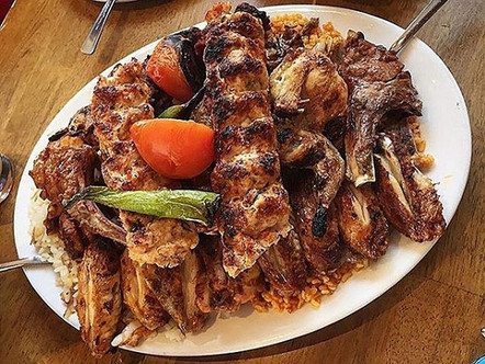 So many Turkish flavours on one plate 😍 Tag someone who would love this dish! #SultanSofrasi