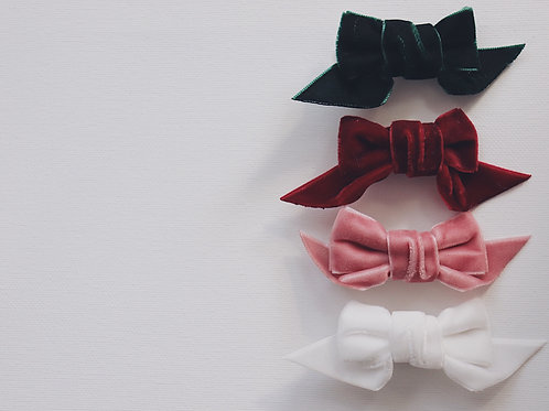 "Hair Bow ""Avery"""